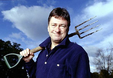 Alan Titchmarsh / Teach all pupils gardening